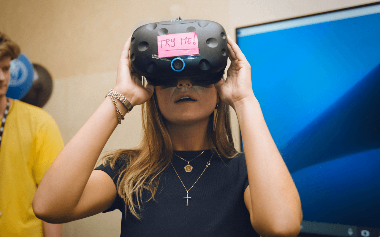 Upskill - blonde woman wearing a VR Headset